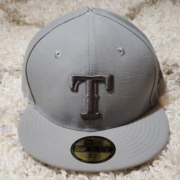 New Era Other - Texas Rangers Fitted Hat